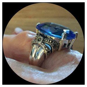 Jewelry - 🆕💃🏻 Gorgeous Blue Sapphire 925